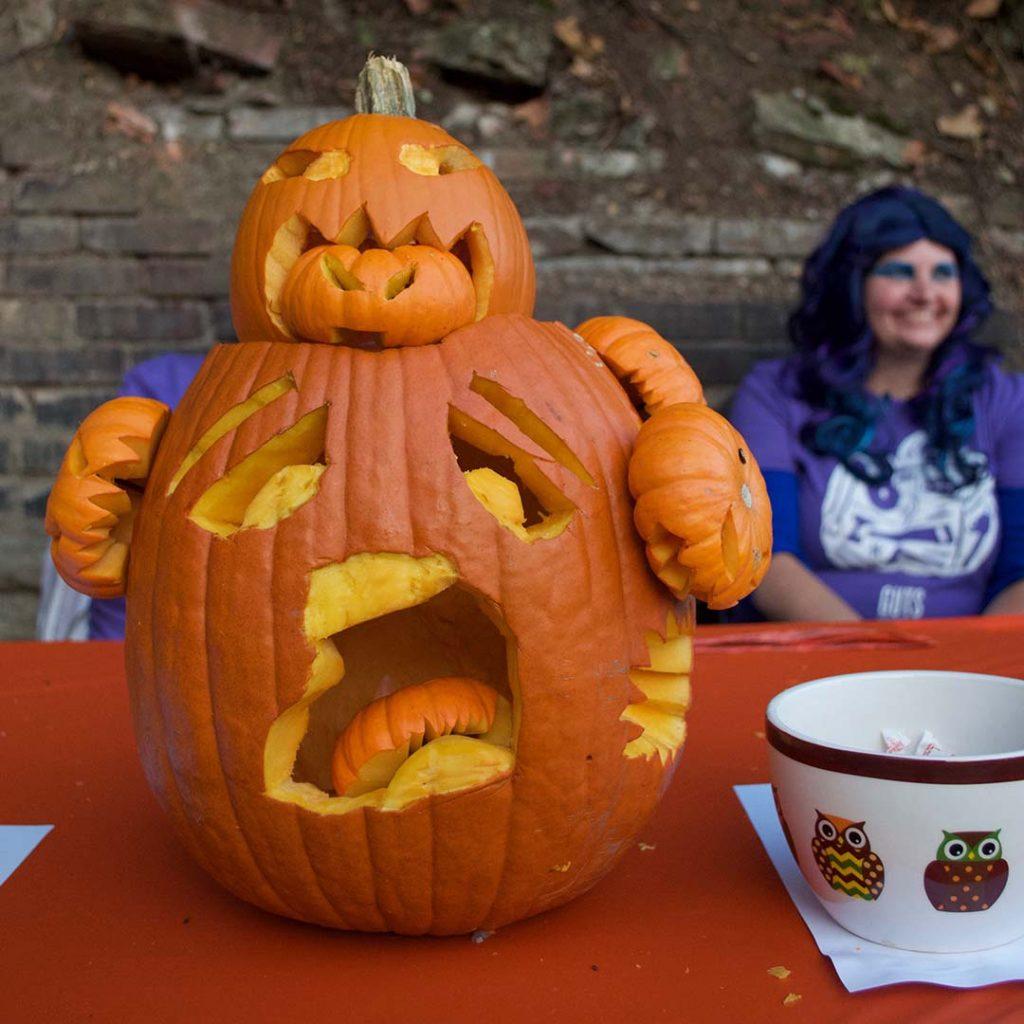 Sue Elsass's Pumpkin Carving